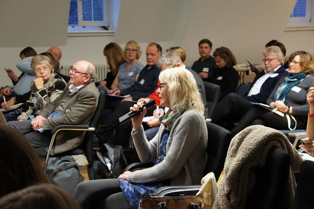 Rege Beteiligung aus dem Publikum.